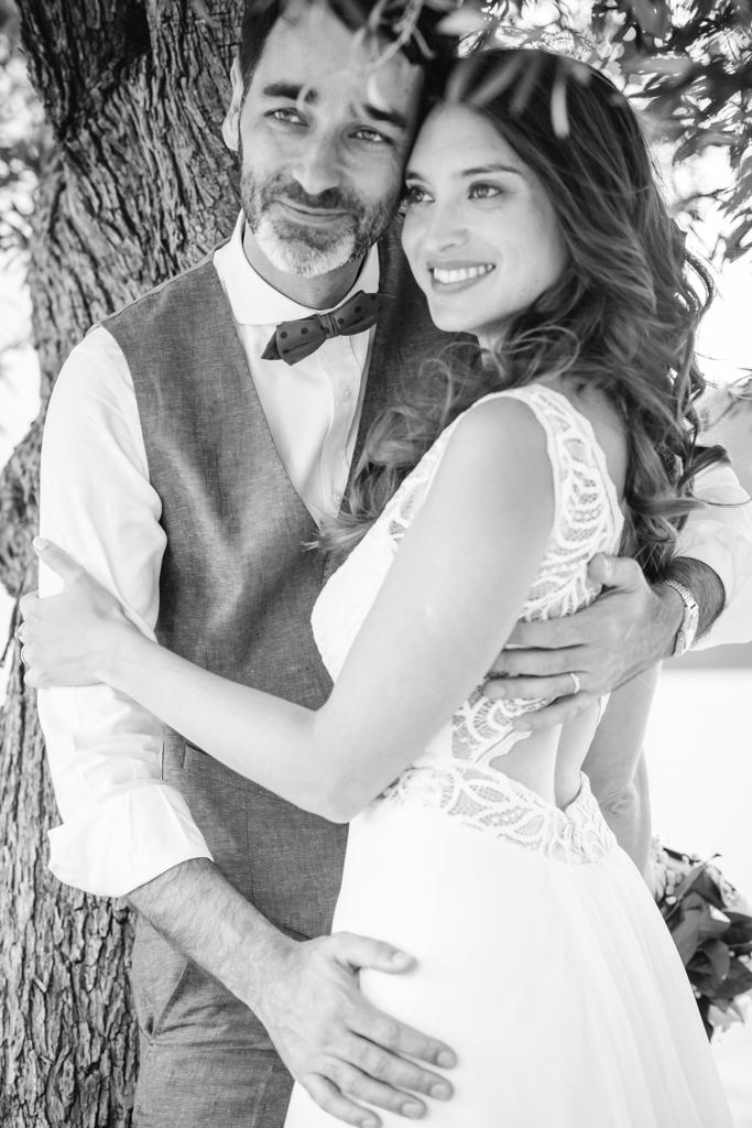 boda-blanco-y-negro-pareja