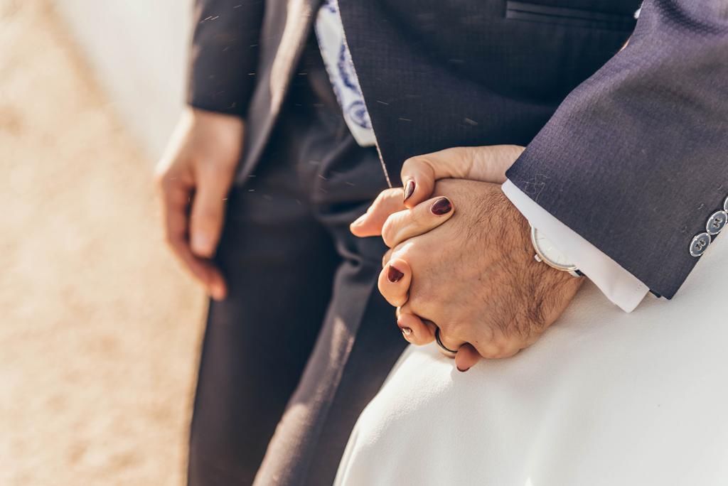 detalle-manos-boda