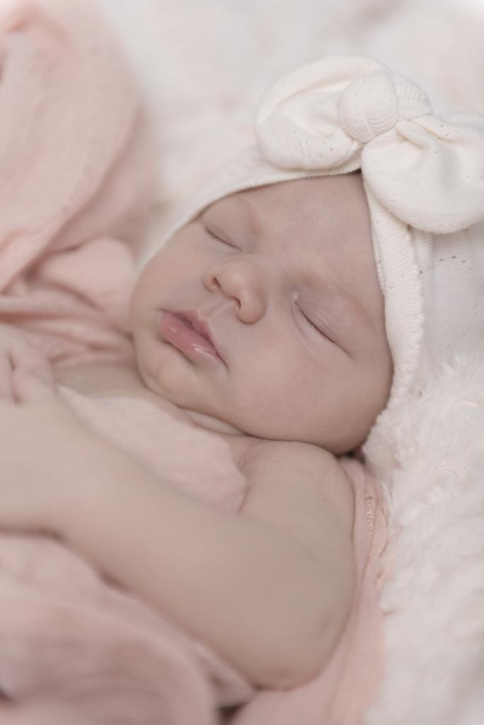 helena-molinos-04-sircus-newborn-mataro