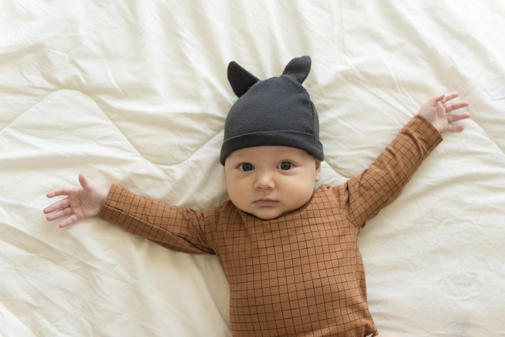 helena-molinos-bebe-mataro-fotografia-estudio