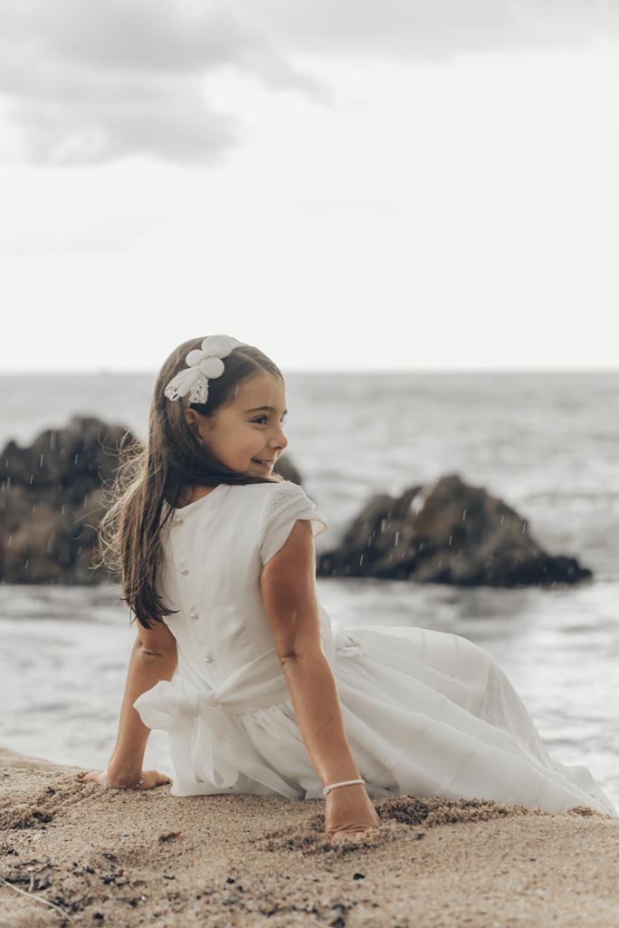 helena-molinos-fotografia-exterior-comunion-mataro-playa