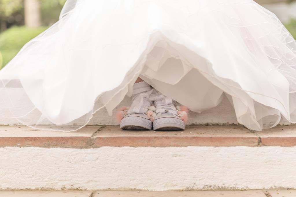 helena-molinos-fotografia-exterior-comunion-zapatos