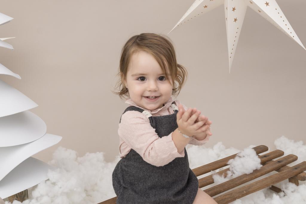 helena-molinos-navidad-blanco-fotografia-infantil-estudio