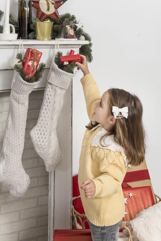 helena-molinos-navidad-fotografia-estudio-regalo-mataro
