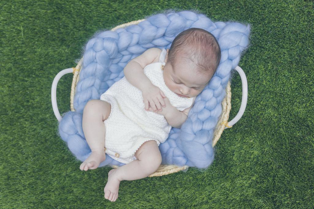 helena-molinos-newborn-cesto-domicilio