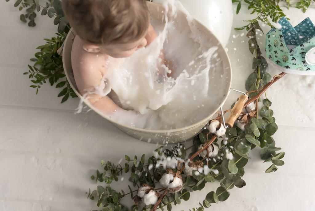 helena-molinos-primer-año-milk-bath