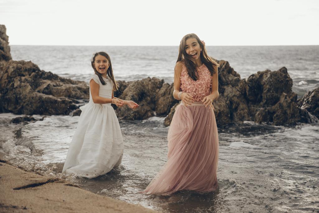 helena-molinos-sesion-comunion-playa-hermanas-mataro_1