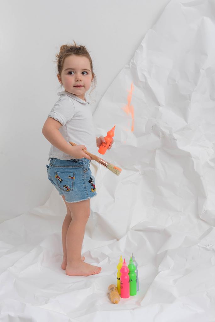 helena-molinos-smash-painting-tres-años