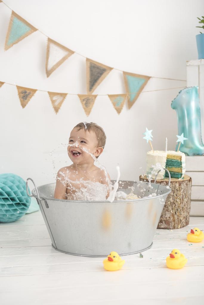 helena-molinos-un-año-bañera-azul