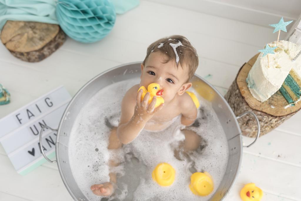 helena-molinos-un-año-bañera