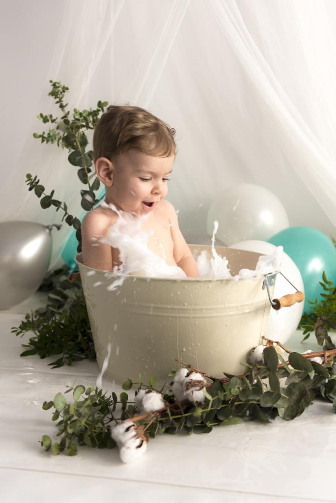 helena-molinos-un-año-milk-bath