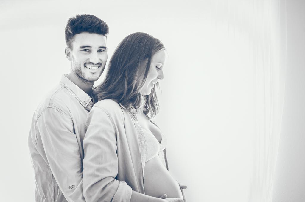 pareja-embarazada-domicilio