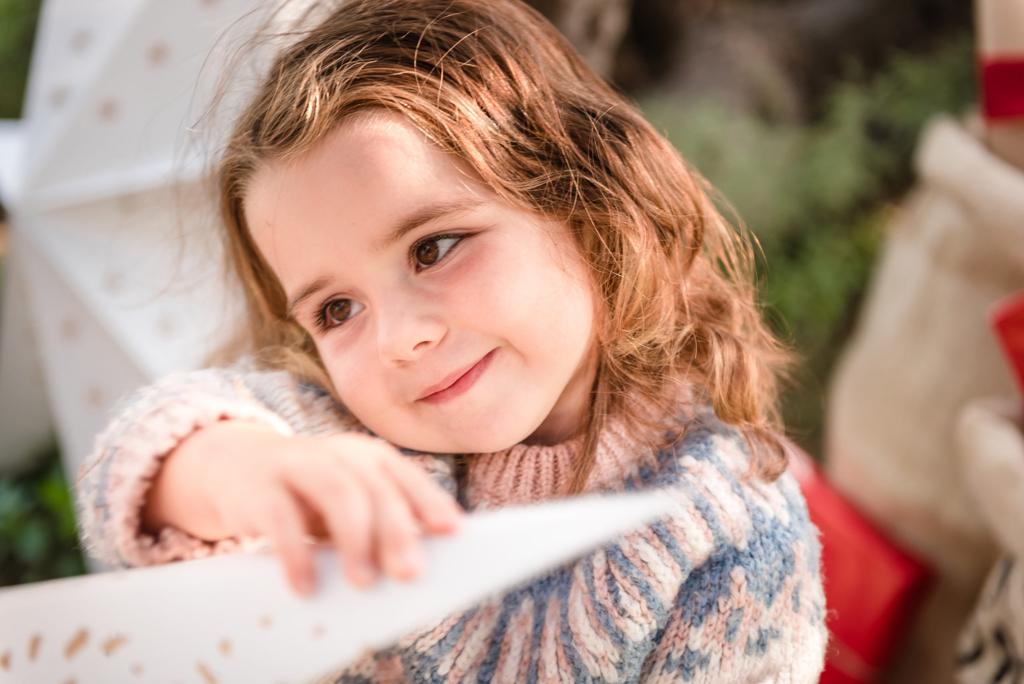 sesion-fotos-bebe-navidad-helena-molinos